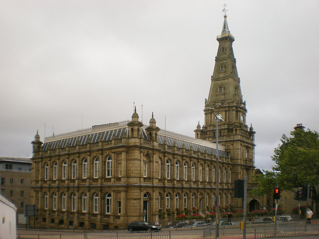 Town_Hall,_Halifax_-_geograph.org.uk_-_1542645